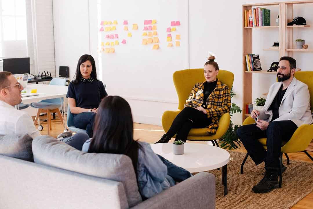 marketing de conteúdo para empresas - reunião