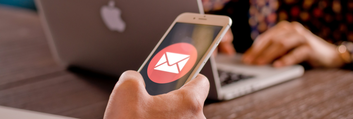 Celular email
