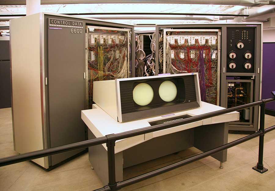 História do computador CDC 6600