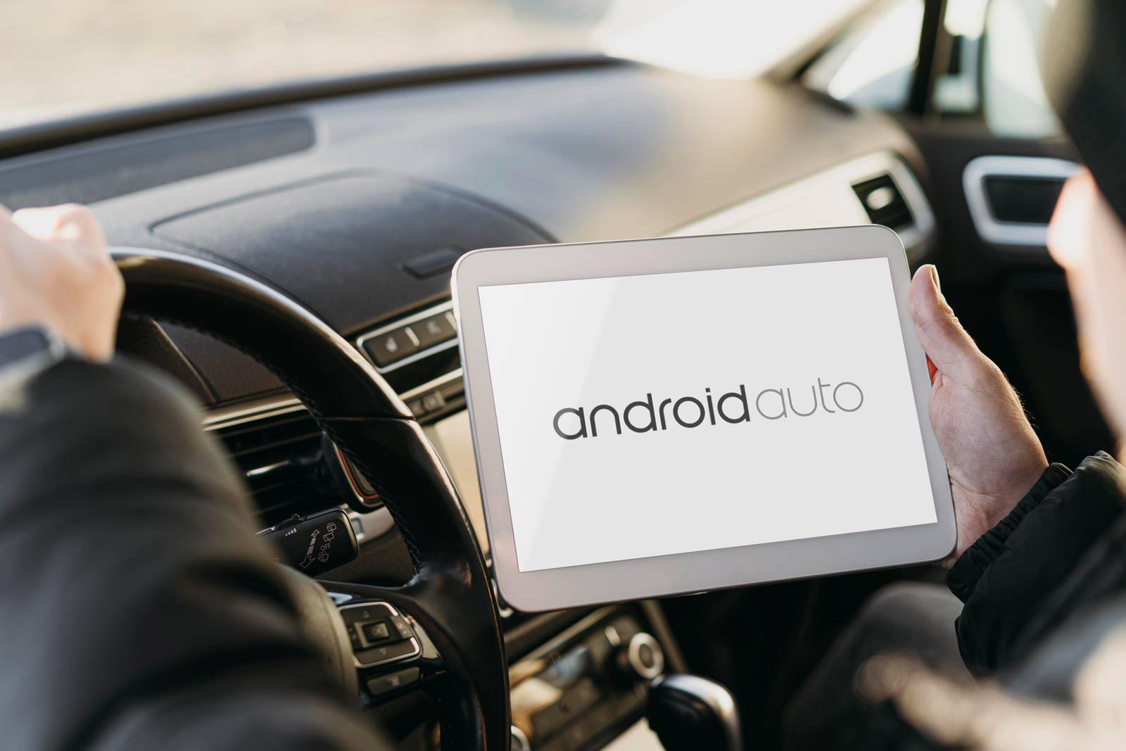 pessoa usando Android Auto